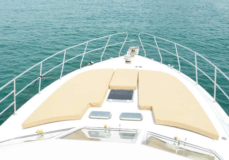 Sailing in Dubai on 45 Feet Charter Yacht