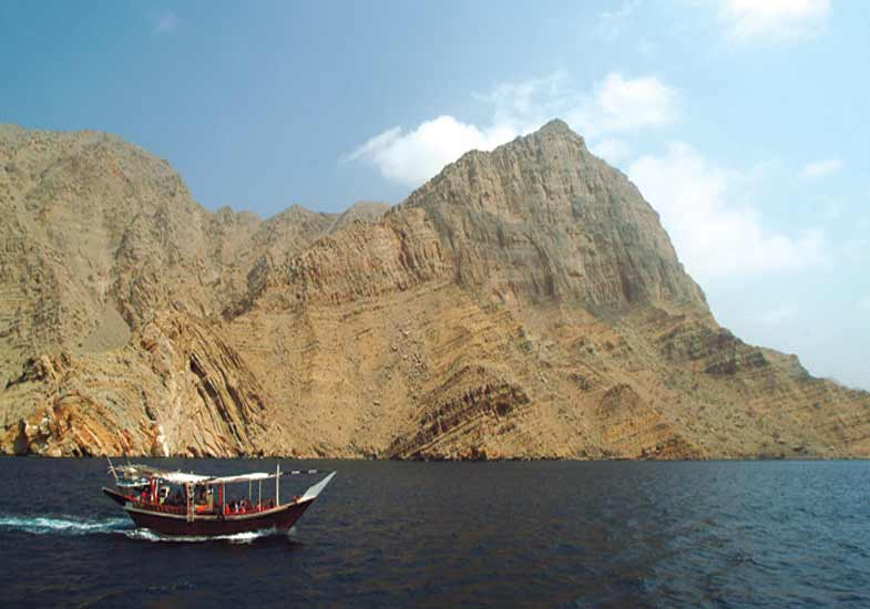 Explore the beauty of Musandam Khasab while cruising in the deep sea