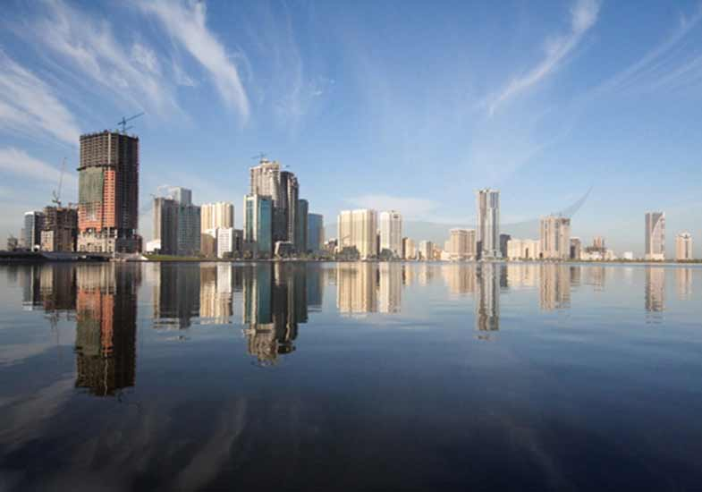 Explore one of the wonderful cities of UAE, Sharjah which is a mix of heritage sites